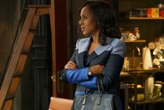 Movado White Watch worn by Olivia Pope (Kerry Washington) in Scandal Olivia Pope Style, Episode Guide, Episode 5, Kerry Washington, Gucci, Cool Style, Tv Shows, Seasons, In This Moment