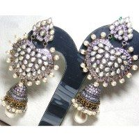 gorgeously traditional pair of earrings.lusting for this one. Ethnic Wear Designer, Indian Earrings, Retail Therapy, Bling Bling, Heart Shapes, Jewelery, Brooch, Traditional, Future