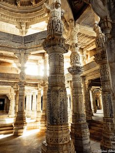 Beautifully carved pillars at Ranakpur Jain Temple, 1400 of them and not two alike ! #travel #india #rajasthan