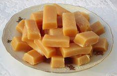 Chleba naszego: Krówki mleczne Best Dessert Recipes, Fun Desserts, Sweet Recipes, Polish Recipes, Polish Food, Christmas Baking, Have Time, Cantaloupe, Fudge