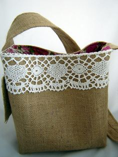 Items similar to Handbag Cross Body Shoulder Style Bag Burlap and Lace on Etsysaco couture dentelle Burlap Purse, Burlap Bags, Jute Bags, Hessian, Diy Bags Purses, Purses And Handbags, Lace Bag, Leather Bag Pattern, Diy Handbag