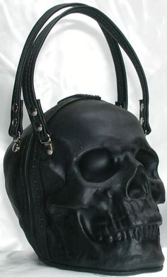 - Leather Skull Purse Clutch in Black by GriffinLeather on Etsy Embrague cuero calavera en negro Skull Purse, Estilo Rock, Balenciaga City Bag, Gothic Fashion, Skull Fashion, Punk Fashion, Lolita Fashion, Purses And Bags, Steampunk