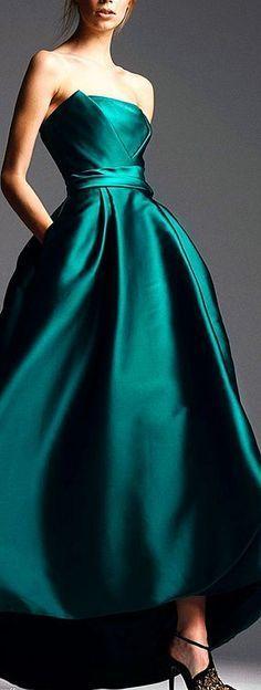 Alberta Ferretti Pre-Fall 2014 Fashion Show - Prom Dresses Design Evening Dresses, Prom Dresses, Formal Dresses, Wedding Dresses, Wedding Shoes, Gown Wedding, Afternoon Dresses, Flapper Dresses, Beautiful Gowns