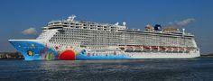 Norwegian Breakaway - Cruise Ship Tracker / Tracking Map (Live) - NCL - Norwegian Cruise Line - CRUISIN