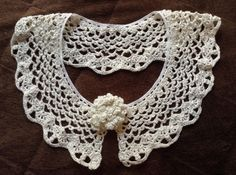 レース糸で編んだ付け襟 - SAKIRIN