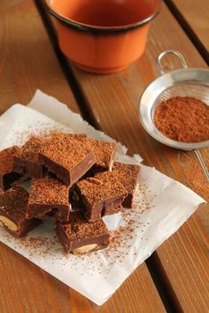 Fudge chocolate, tahini, almonds and cranberries Chocolate Fudge, Tahini, Vegan Vegetarian, Sweet Tooth, Sweet Treats, Deserts, Sweets, Cooking, Cake