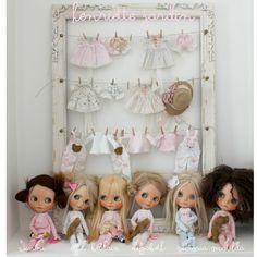 Dolly shelf!!! My darling dollies ❤️❤️❤️ #darlingdollies #dollyshelf #blythedollies #ilovedollies