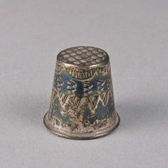 Shiprock Gallery - Vintage Thimble