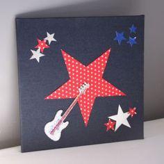 Guitare Pailletée sur Etoile Rouge et Denim Brut by Too Mimi