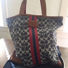 ✖️✖️Authentic Coach shoulder bag✖️✖️ Red white and blue authentic Coach shoulder bag with monogram. Great bag in excellent condition. Please give her a new happy home.i can't trade, but I can accept reasonable offers. Coach Bags Shoulder Bags