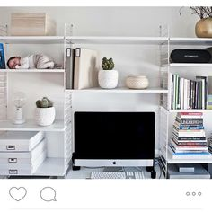 #stringshelfie of the day by @lina_nygren - do you spot the ?#stringhylla#stringshelf#stringshelves#stringfurniture#stringshelving#stringshelfie#shelfie#sweden#modern#madeinsweden#interior#furniture#classic#scandinavian