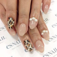 #nail#nails#nailart#naildesign#esnail#esnail_shibuya#gelnail#ネイル#エスネイル#ジェルネイル#beige#pearl#autumnnails#simplenails#leopard#autumn