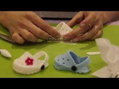 Tutoriels et Astuces pâte à sucre: CROCS pour bébé en gumpaste / Gumpaste baby Crocs