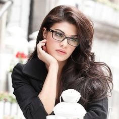"""Jacqueline wants to do a superwoman film MUMBAI : Having played the love interest of a superhero in her upcoming film """"A Flying Jatt"""" actress Jacqueline Fernandez is now keen on featuring as a superwoman in a movie. """"A Flying Jatt"""" the superhero-action film directed by Remo D'Souza stars Tiger Shroff in the lead role of a man with supernatural powers. When asked if she would play a superwoman in future Jacqueline told PTI """"Hopefully yes. I've already spoken to Remo about it. Now let's hope…"""