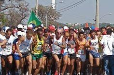 São Sebastião recebe terceira etapa do Circuito de Corridas de Rua do DF - http://noticiasembrasilia.com.br/noticias-distrito-federal-cidade-brasilia/2015/08/02/sao-sebastiao-recebe-terceira-etapa-do-circuito-de-corridas-de-rua-do-df-2/