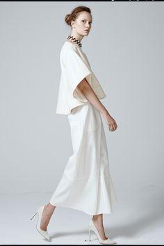 rosie assoulin - spring 2014 rtw - new york fashion week New York Fashion, Runway Fashion, Fashion Show, Womens Fashion, White Outfits, White Fashion, Ready To Wear, Dress Up, White Dress