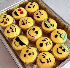 emoji cupcakes | Tum