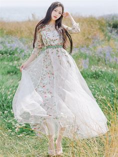 Princess Fashion 2 Colors Flowers Embroidery Layered Maxi Dress_Fcplaza.com