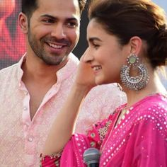 Alia Bhatt & Varun Dhawan Magical Performance At Amity Jaipur During Kalank Promotions Is A Must Watch - HungryBoo Varun Dhawan News, Alia Bhatt Varun Dhawan, Handsome Celebrities, Indian Celebrities, Beautiful Celebrities, Romantic Couple Images, Aalia Bhatt, Alia And Varun, Bollywood Couples