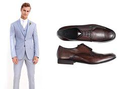 Terno azul claro: sapato marrom