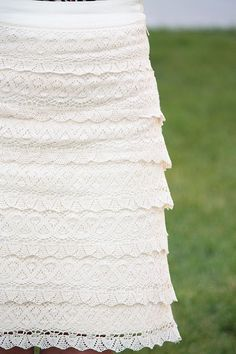 crazy for this lace skirt... lace anything... but this skirt for sure!