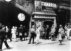Bahnhof Zoologischer Garten, Normaluhr um 1928