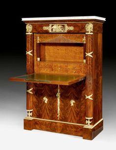 """PRUNK-SEKRETÄR """"AUX FAISCEAUX ROMAINS"""", Empire/Louis XVIII,"""