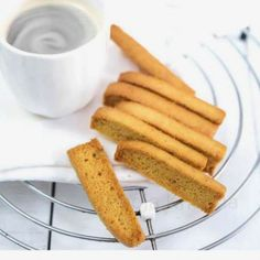 Whole wheat Cake Rusk. Homemade wholewheat cake rusk are the perfect combo with coffee and tea. Bread Cake, Dessert Recipes, Desserts, Biscotti, Cornbread, Sweet Tooth, Toast, Sweets, Homemade