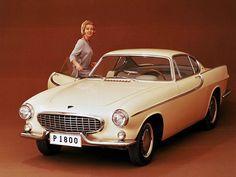 Volvo P958-X2 Prototype (Frua), 1957 - В период 1957-58 гг. итальянская фирма Pietro Frua по заказу Volvo построила три прототипа этой модели, позже (в сентябре 1958 года) названных компанией Volvo следующим образом: P958-X1, P958-X2 и P958-X3. Название расшифровывается таким образом: P - Project (Проект), 9 - сентябрь (девятый месяц года), 58 - 1958 год.