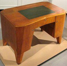 Art Déco (Cubisme Tchéque) - Table - Pavel Janák - 1912 Art Deco Desk, Art Deco Furniture, Furniture Design, Cubist Architecture, Danish Design, Office Decor, Art Nouveau, Woody, Furnitures