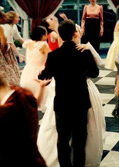 Emma and Killian dance at their wedding!