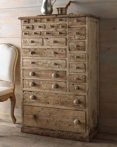 Chest.... Love how this is gone Traditional Bookcases, Traditional Dressers, Traditional Bedroom, 3 Drawer Chest, Chest Of Drawers, Storage Chest, Storage Drawers, Storage Units, Home Furniture