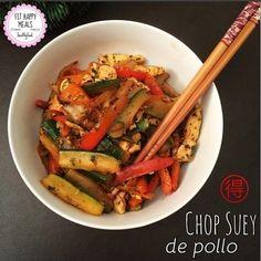 Prueba esta explosión de sabor llamada chop suey de pollo. | 16 Deliciosas recetas de comida china que puedes hacer en casa