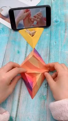 Diy Crafts Hacks, Diy Crafts For Gifts, Diy Arts And Crafts, Creative Crafts, Instruções Origami, Paper Crafts Origami, Paper Crafting, Origami Gifts, Origami Videos