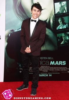 """Max Schneider """"Streets Of Gold"""" acoustic song Max Schneider, She Looks So Perfect, Disney Stars, Celebs, Celebrities, 5 Seconds Of Summer, Baby Daddy, April 13, Songs"""