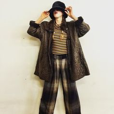 Cold days ask for warm winter colors! Who says brown is boring? Experiment mix and match! Fake fur hat: 5 EUR striped leather jacket: 29 EUR striped shirt: 6 EUR woolen pants: 16 EUR. All available at Humana Frankfurter Tor 3! Come and find your match! #ootd #secondhand #humanasecondhand #thriftstore #fashionstylist #fashionblogger #fashion #80s #90s #stripes #fakefur #styleinspiration