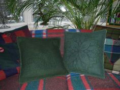 Pillows, felted with relief, EEXTERHOUT