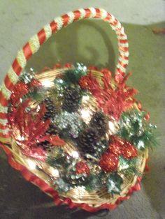 Cinnamon scented light basket