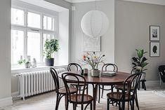 Stylish home in greige - via Coco Lapine Design blog