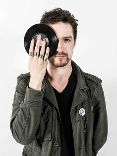 Frank Turner- one day I will get to see him live.