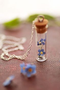 Little blue forgetmenot necklace - something blue!