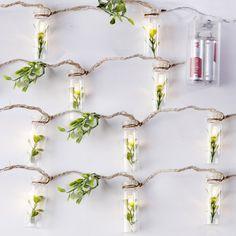 Guirlande 10 lanternes LED tubes en verre et feuillage artificiel 175cm: Amazon.fr: Cuisine & Maison