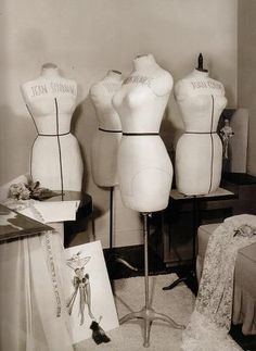 Marilyn's mannequin along with a few others