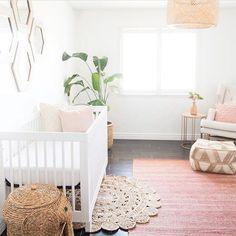Layered rug look FTW! @mrsjadler via @marisabellephotography http://Liapela.com