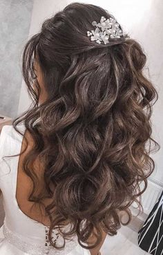39 The most romantic wedding hair dos to get an elegant look Quince Hairstyles, Formal Hairstyles For Long Hair, Bride Hairstyles, Down Hairstyles, Easy Hairstyles, Updo Hairstyle, Hairstyle Ideas, Office Hairstyles, Stylish Hairstyles