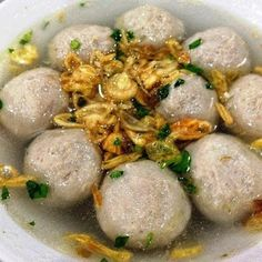 ideas for wedding food chicken meals New Chicken Recipes, Beef Recipes, Cooking Recipes, Chicken Meals, Cooking Ideas, Mie Goreng, Indonesian Cuisine, Indonesian Recipes, Exotic Food