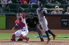 WATCH: Houston Astros Jose Altuve Invents the Jump Swing--and it Works (sort of)!   FatManWriting