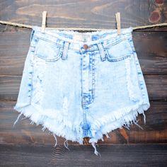 high waisted distressed denim shorts - light vintage acid wash