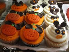 Disneyland - Halloween Time - Spooky Treats on the Menu! (Salute to All Things Disney but Mostly Disneyland)