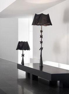 Zainspirowana sztuką wielkiego artysty jakim z pewnością był Salvador Dali lampa to projekt grupy projektantów z BD Barcelona Design. Muletas i Cajones to lampy z kolekcji black Label Collection.